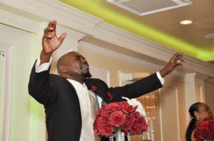 Apostle Vinson Praising God